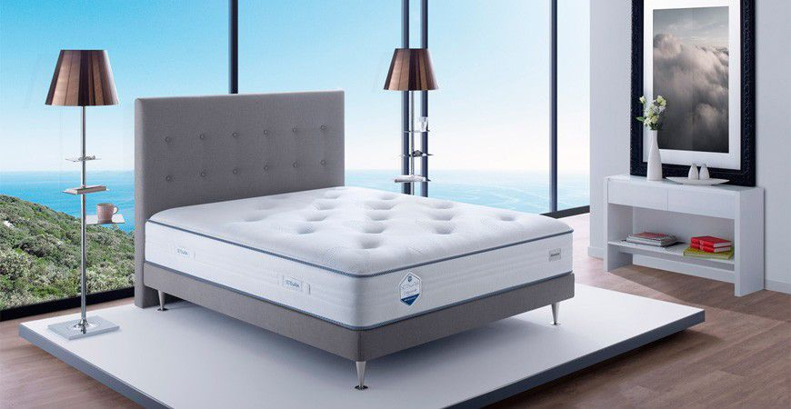 Lits boxspring de simmons confortable et durable - Matelas simmons collection quietude ...